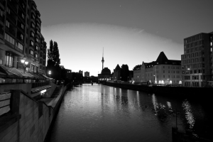 Kofferleiche_Berlin_Spree